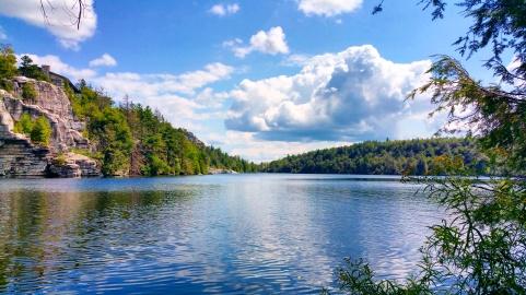 Lago Minnewaska. Foto: Artur Gelumbauskas